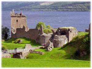 ネス湖のお城1
